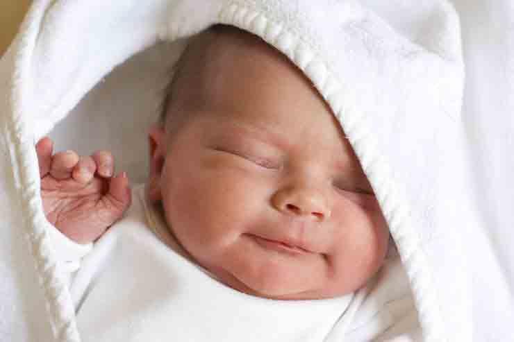 кожа лица новорожденного