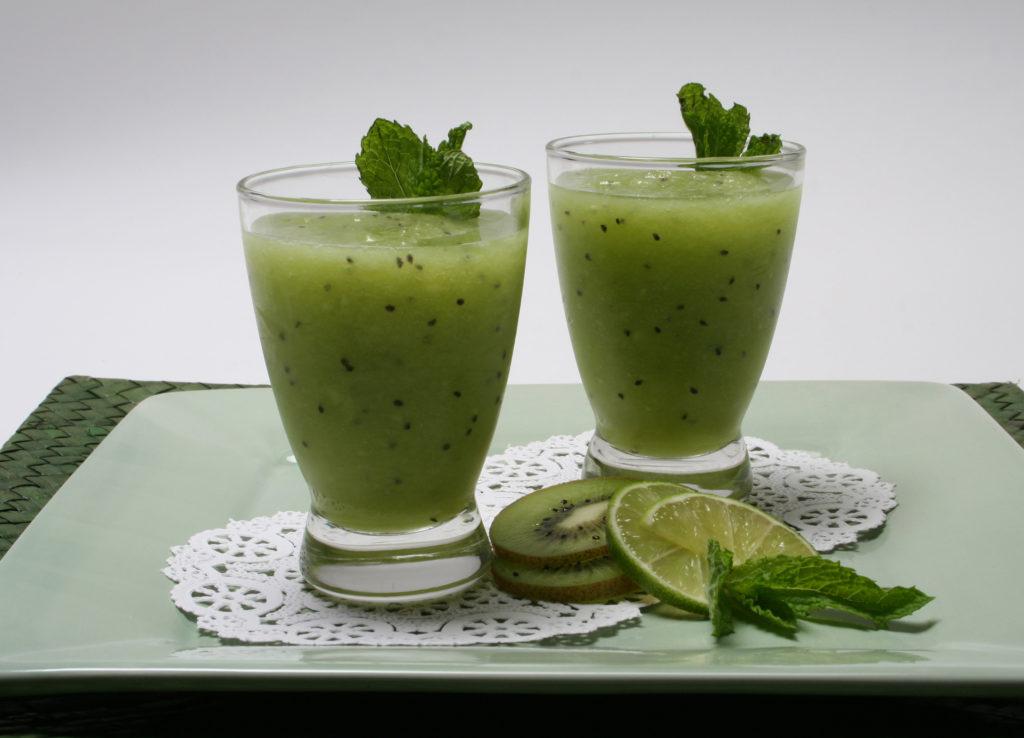 Зелёный жиросжигающий коктейль