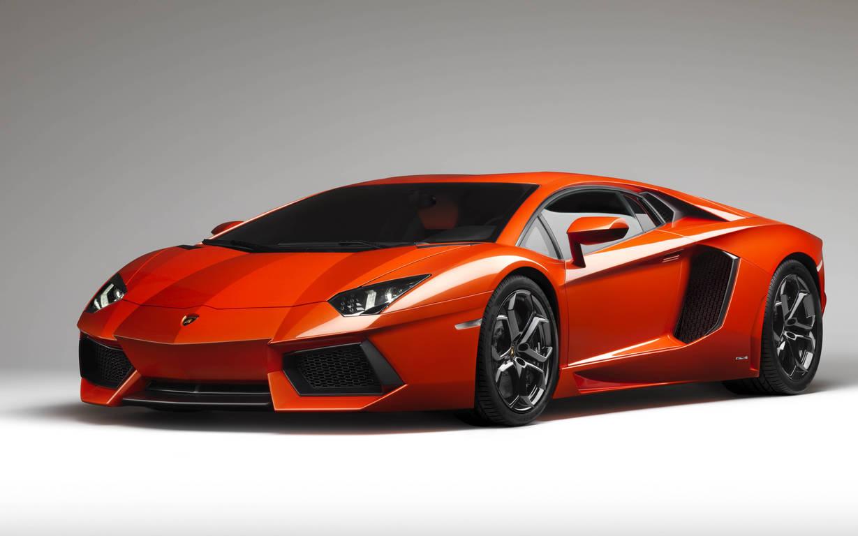 Lamborghini Aventador LP700-4 ТОП-10 самых быстрых автомобилей в мире
