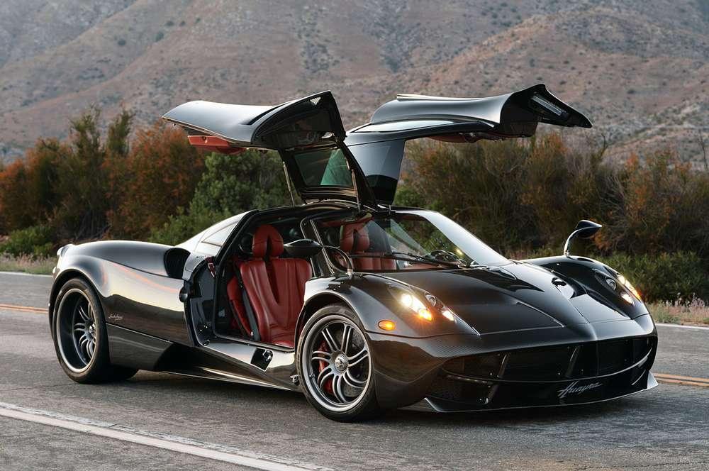 Pagani Huayra ТОП-10 самых быстрых автомобилей в мире