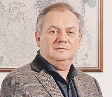 Андрей Манн стал совладельцем группы Просвещение