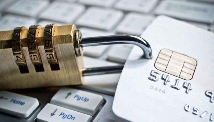 Банки РФ массово блокируют онлайн платежи