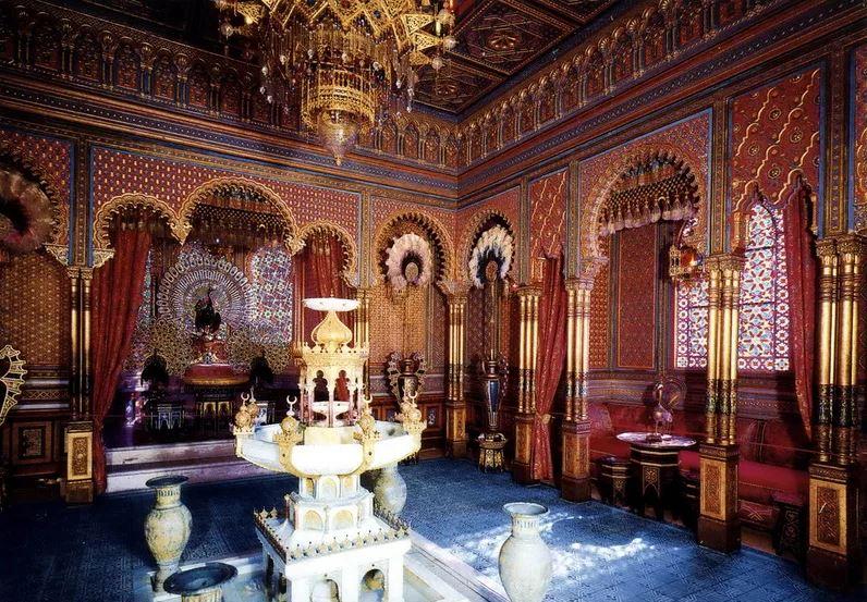 Замок Бхангир