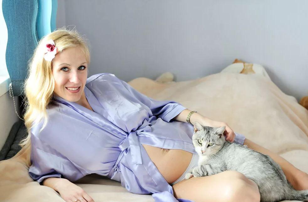 История о кошке которая чудесным образом спасла беременную женщину