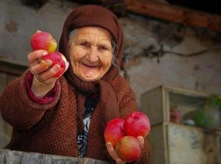 Живите долго бабушки