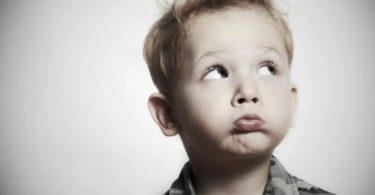 Говорят дети: мама ты красишься чтобы людей не пугать