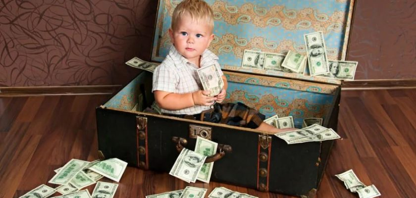 дети порезали деньги